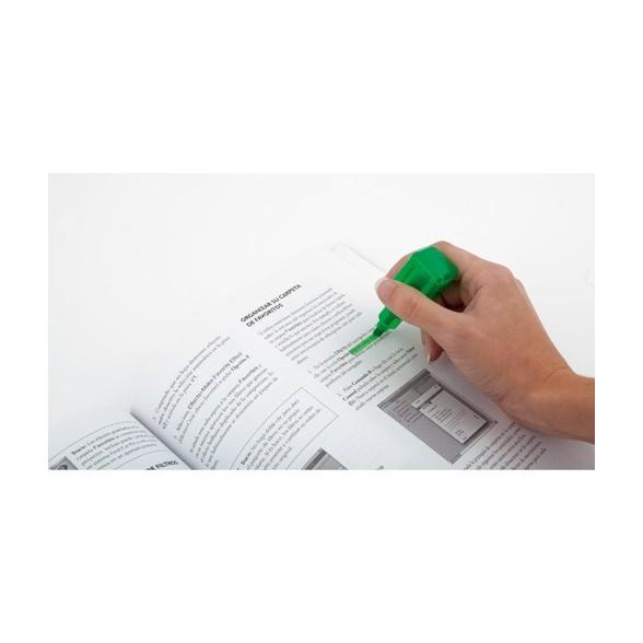 Marcador fluorescente forma pinta uñas
