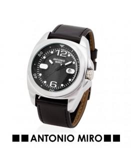 Reloj Osiel. Antonio Miro.