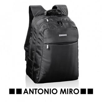 Mochila ordenador Boral de Antonio Miro