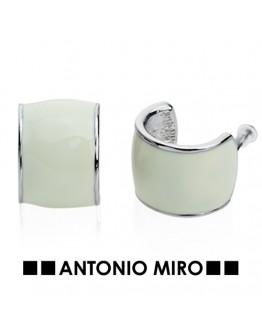 Pendientes Moss. Antonio Miro.