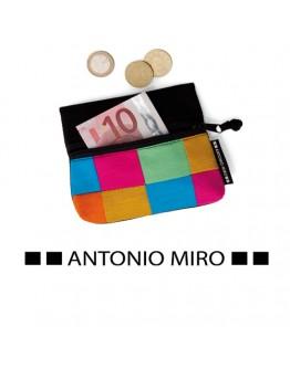 Monedero Megarl. Antonio Miro