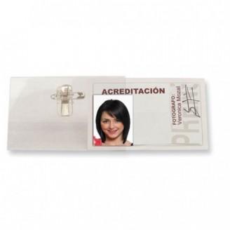 Identificador con pinza e imperdible / Identificador Personal
