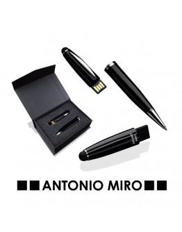 Bolígrafos USB publicitarios personalizados de Antonio Miro