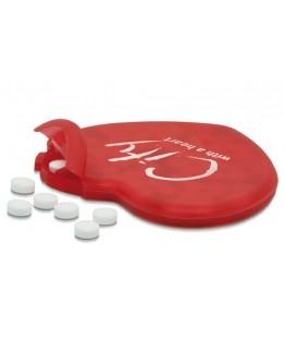 Caja de caramelos de menta con forma de corazón.