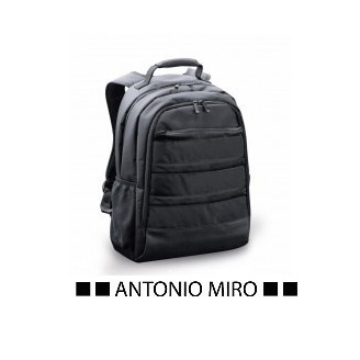 Maletín Mochila publicitaria Portátil. Antonio Miro.