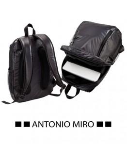 Mochila para portátil publicitaria Selut Antonio Miro / Mochilas portatil