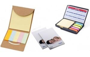 Notas adhesivas y tacos de papel